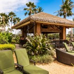 Beach bar wtih ocean views at Ko Olina